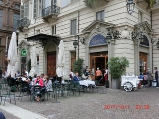 街の至るところに老舗カフェが(BBお気に入り).jpg