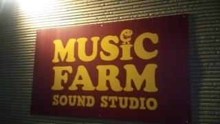 MUSIC FARM1.JPG